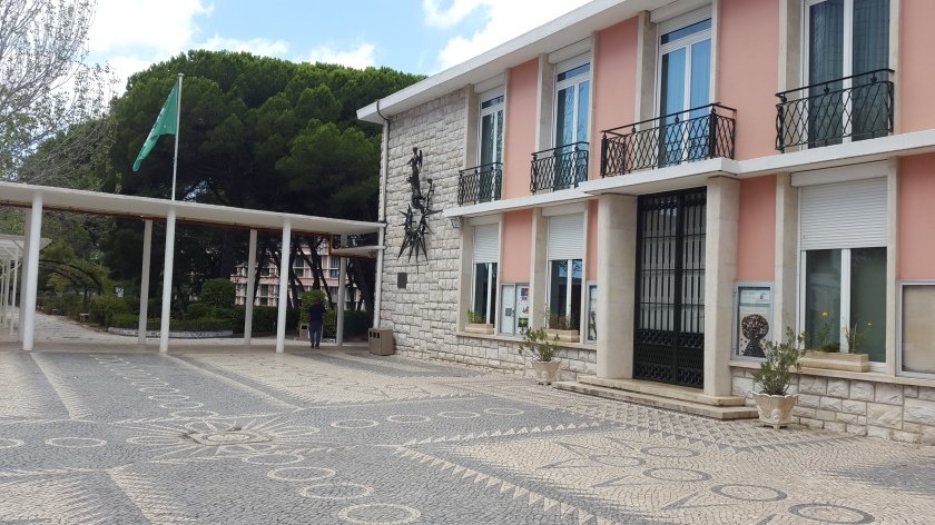 Lycee Francaise Charles Lepierre French